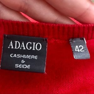 ADAGIO CASHMERE & SEIDE Red V Neck Sweater